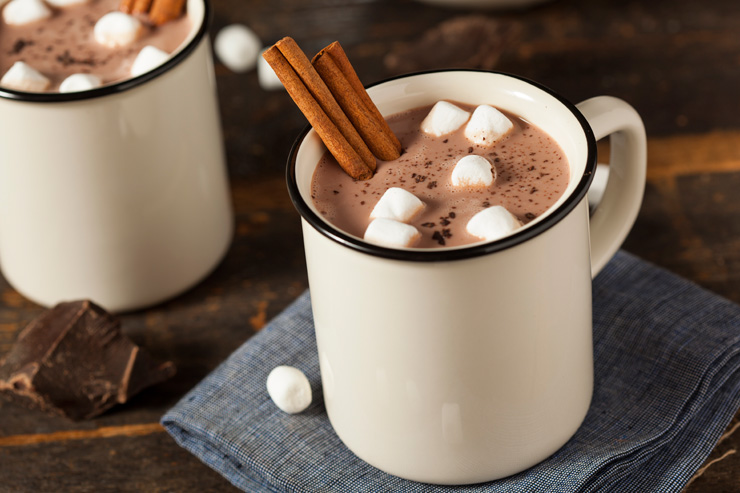 4 Ways to Make Homemade Hot Chocolate