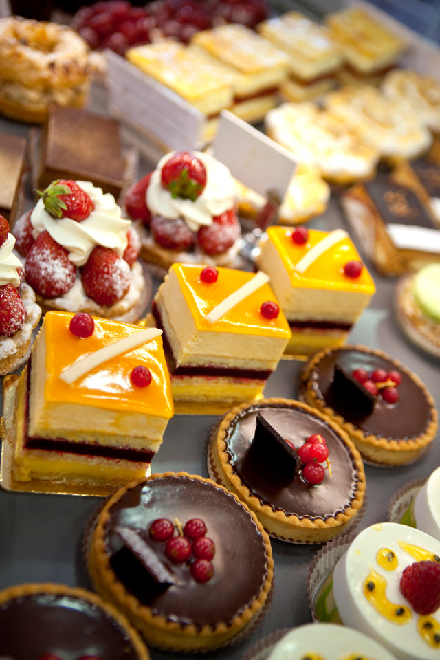 4 Unusual Ways to Garnish Your Cheesecake