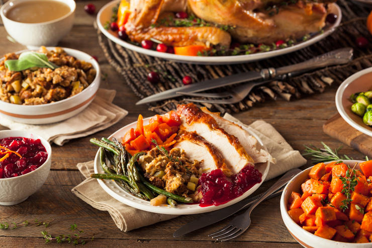 How to Host a Stress Free Thanksgiving