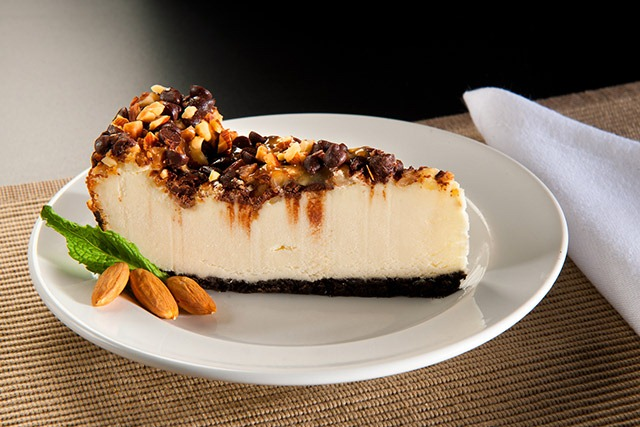 Cheesecake: All About The Crust