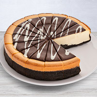 Cookies & Cream Cheesecake - 9 Inch (8024CC)