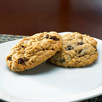 Oatmeal Raisin – 32 Cookies (8754CC)